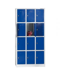 Garderobebokse 1/4 låge. 12 rum. Blå låger. På spkkel
